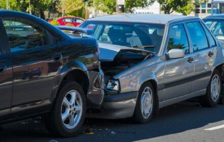 Incidenti causati da auto estere: la richiesta di risarcimento danni